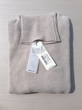 maglieria donna 100% cashmere beige dolcevita Made In Italy | ingrosso